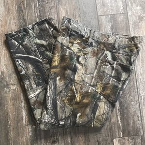 Realtree men's camouflage pants size 38x30